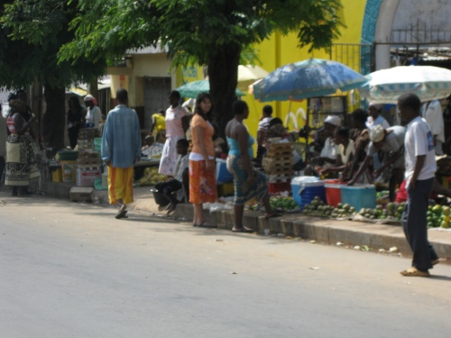 2009_04-trip-north-to-nampula-495